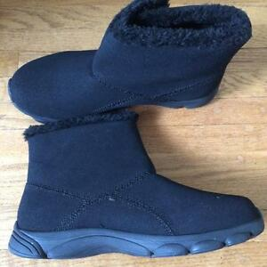 BEAT THE BLIZZARD CUSHION WALK BOOTS
