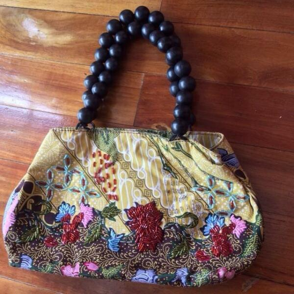 New Nine West Handsewn Beaded Bohemian Bag
