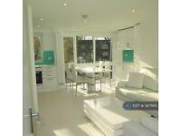1 bedroom flat in Willesden Lane, London, NW6 (1 bed) (#947865)