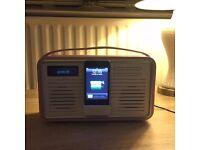 View quest Retro DAB radio and iPod dock