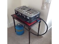 CAMPING COOKER DOUBLE BURNER AND GRILL PLUS CAMPING GAZ BOTTLE.