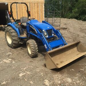 New Holland 40 Horse Power Front end Loader