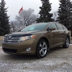2010 Toyota Venza, LIMITED-Pkg, AUTO, AWD, LEATHER/ROOF, $12,500