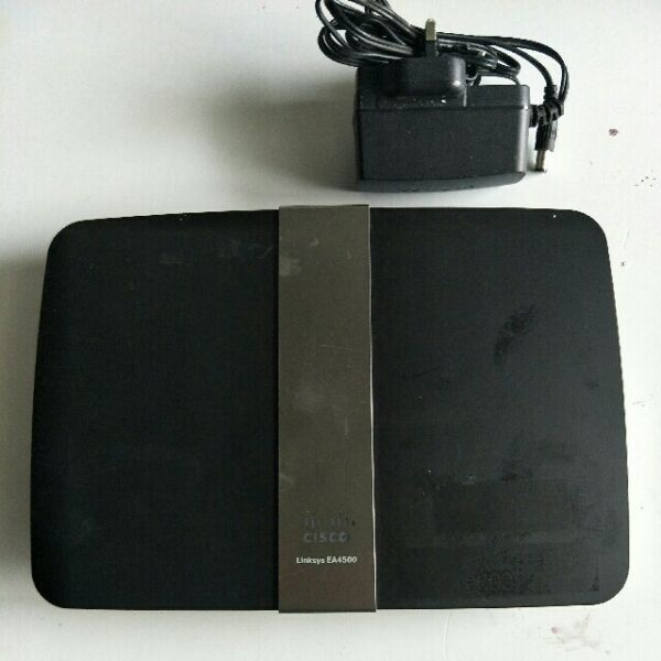Linksys EA4500 dual band wifi Router @ $20 Each