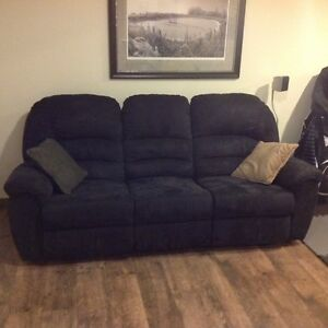 3 Seater Reclining Black Couch- Like New Strathcona County Edmonton Area image 2