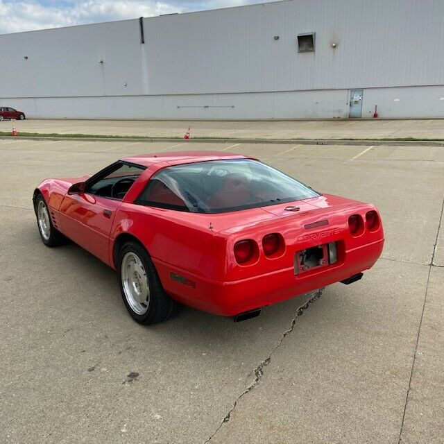 1994 Red Chevrolet Corvette   | C4 Corvette Photo 1