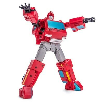 Newage - H7 McCoy 3rd Party Transformers Legends Scaled 3rd Party Transformers