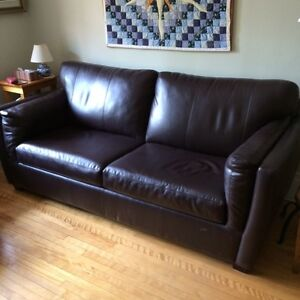 ***GENUINE LEATHER COUCH, GREAT CONDITION, WESTMOUNT***