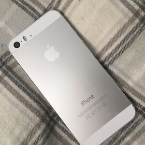 IPHONE 5S for sale + LUMEE case Kitchener / Waterloo Kitchener Area image 3
