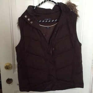 Gap Like New Outer Vest with detachable zippered hood
