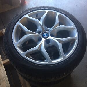 BMW X6 winter Tires with Bmw Rims *Mint Condition* *Negotiable**