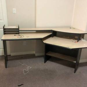 Free desk - great condition