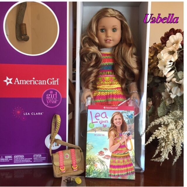 American Girl Lea Clark Doll of the Year &Book Necklace & Messenger Bag LEAH NIB