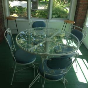 White Wrought Iron Table Set – MOVING SALE