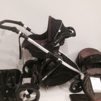 Steelcraft STRIDER PLUS Single Stroller with CAPSULE Southport Gold Coast City Preview