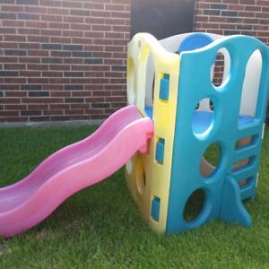 Play equipment @ clic klak used toy warehouse
