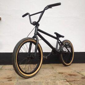 BMX bike. High spec., would suit serious rider.