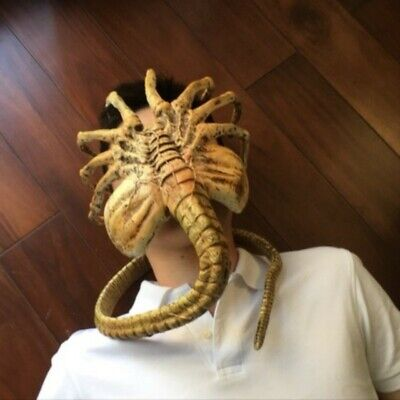1:1 Horrifying Alien Facehugger Extra Long Movable TOy Action Figure