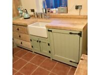 Belfast sink unit with drawers and housing unit