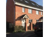 3 Bedroom Semi-Detached House For Rent - Corby, Nothampton