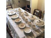 Royal Dalton, Old Colony dinner service