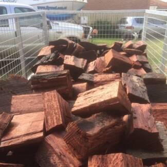 Bagged Dry Split Jarrah Firewood