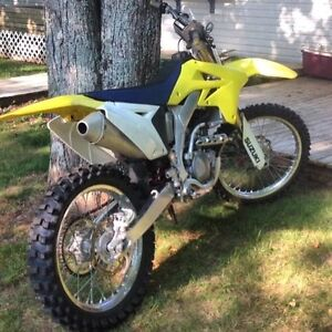 Freshly rebuilt rmz250 with 2 brand new tires