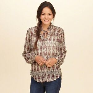 HOLLISTER RUFFLE TOP-BRAND NEW!