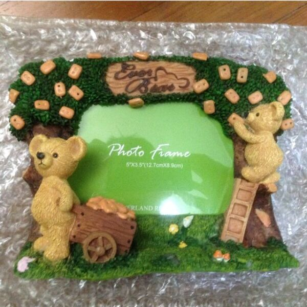 Korean bear photo frame