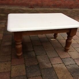 Coffee Table - solid pine, wooden legs, painted top
