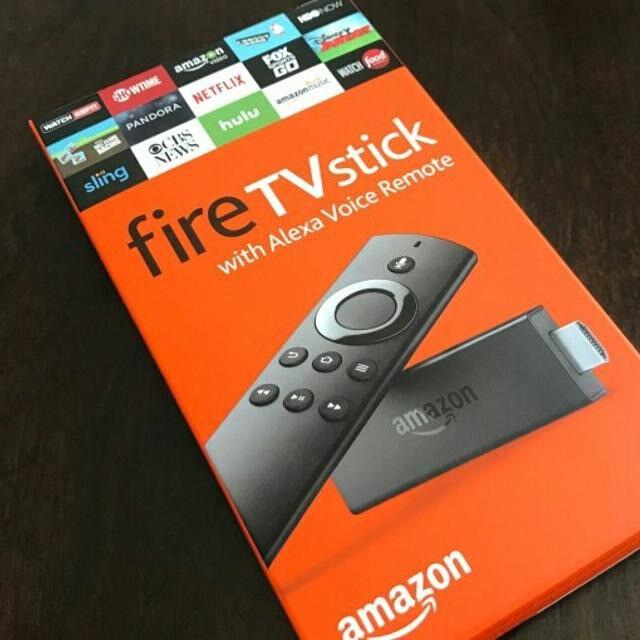 Amazon Fire TV Stick 8GB Full HD 1080i with Alexa Voice ...