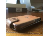 Piel Frama, Cowhide iphone case