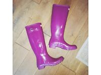 MAGENTA COLOURED HUNTER WELLIES SIZE 6 FOR QUICK SALE GREAT CONDITION