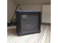 ROLAND CUBE 15 GUITAR AMP - amplifier