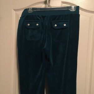 Brand new JUICY COUTURE Velour Sweats  London Ontario image 3