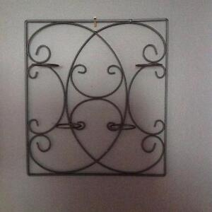 WROUGHT IRON WALL DECOR WITH 4 CANDLE HOLDERS