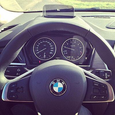 Das Head-Up Display im BMW 2er Active Tourer ist ein cooles Extra (Fabien ROCHET (CC BY-NC-SA 2.0))