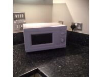 Clean microwave in full working order, only 20 quid! Half the price of a new one