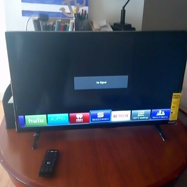 "32"" led Smart tv with Built in WiFi and HD Freeview plus Netflix, ITV Hub,  BBc iplayer and many more 