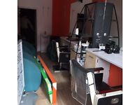 shop to rent in ilford green lane barber shop/beauty parlour