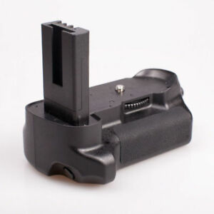 Battery Grip for Nikon D5000