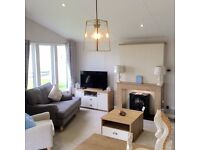 Luxury lodge, 2 bedrooms master bedroom with an en-suite, beach access, fishing lake & more