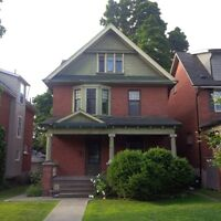 HOUSE FOR RENT IN 'THE AVENUES' - KING + ELIAS