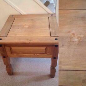 Small corona Pine coffee table