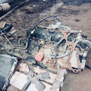 Jeep motor, transmission, transfer case assembled