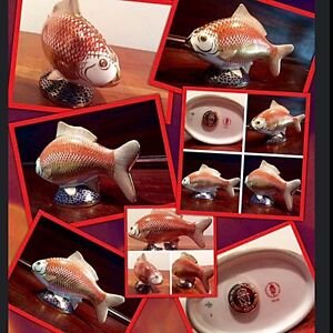 ✨✨Crown Derby porcelain hand enameled koi fish with 22 k gold✨✨