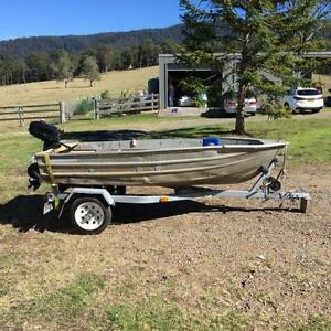 Aluminium dinghy with motor and trailer Cooranbong Lake Macquarie Area Preview