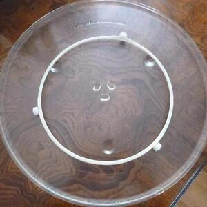 Grand plat pour Micro-ones --- Large Microwave Turntable