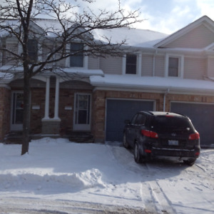 2 upstairs bedrooms available in Guelph student house