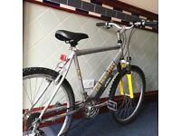 Raleigh bike for sale excellent condition £45